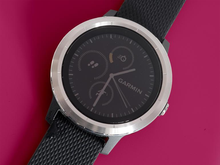 صفحه نمایش ساعت هوشمند گارمین