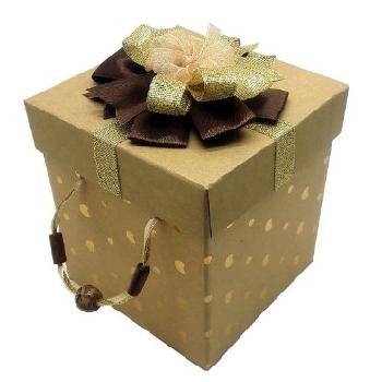 جعبه هدیه طلایی