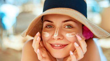 کرم ضد آفتاب برای پوست خشک پ لک دار