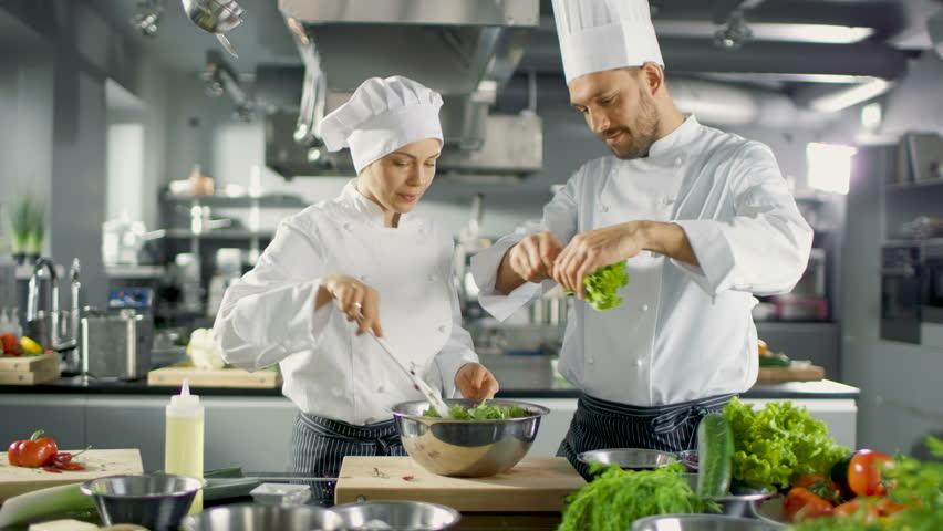 ظروف استیل اصل ضد زنگ برای آشپزها
