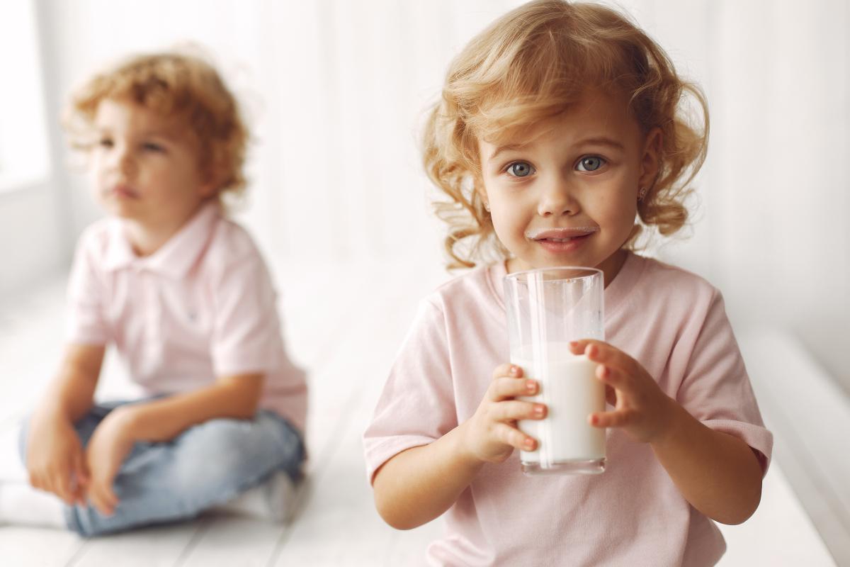 بهترین شیر خشک برای تپل شدن و کامل شدن رشد کودک