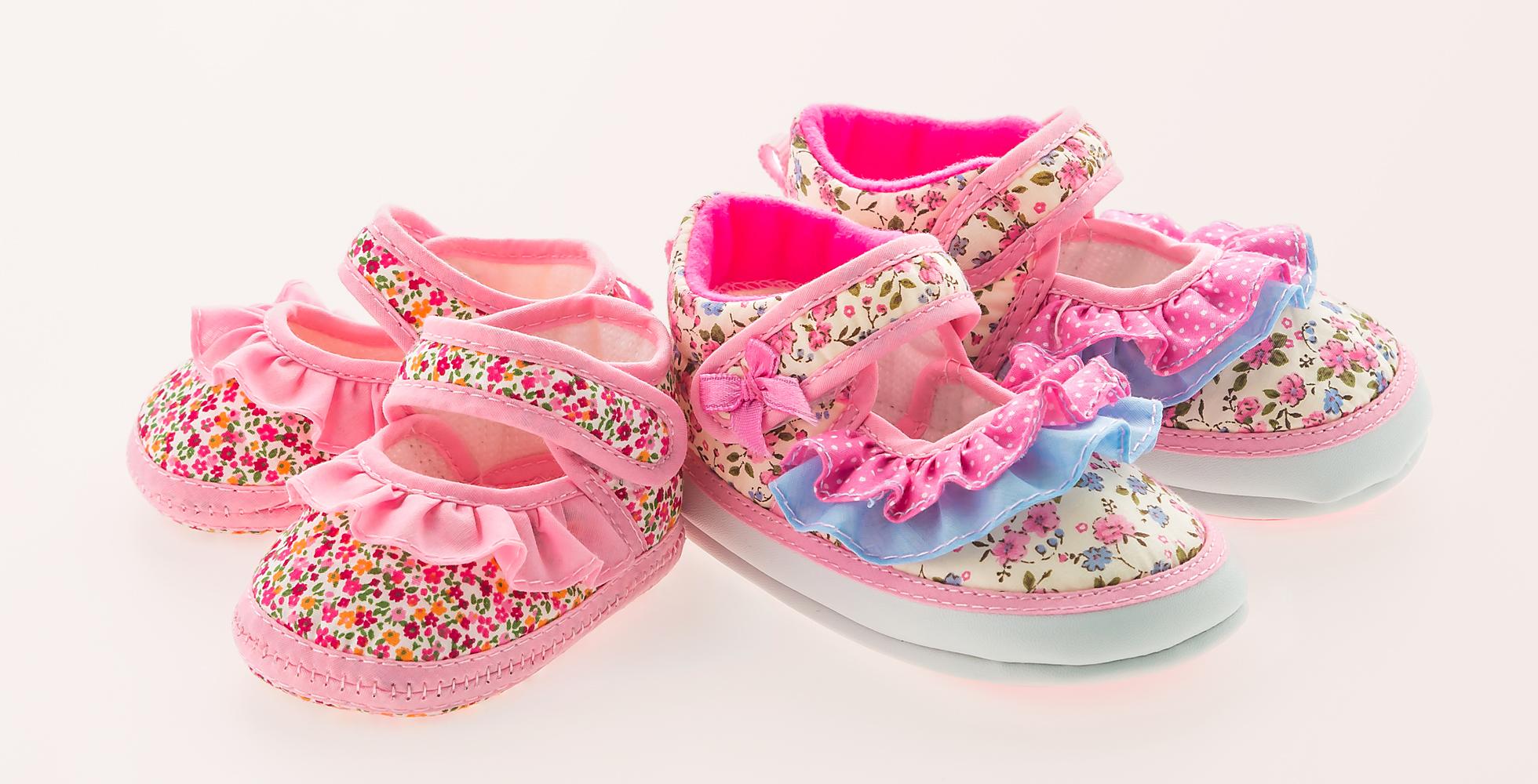 کفش-عروسکی