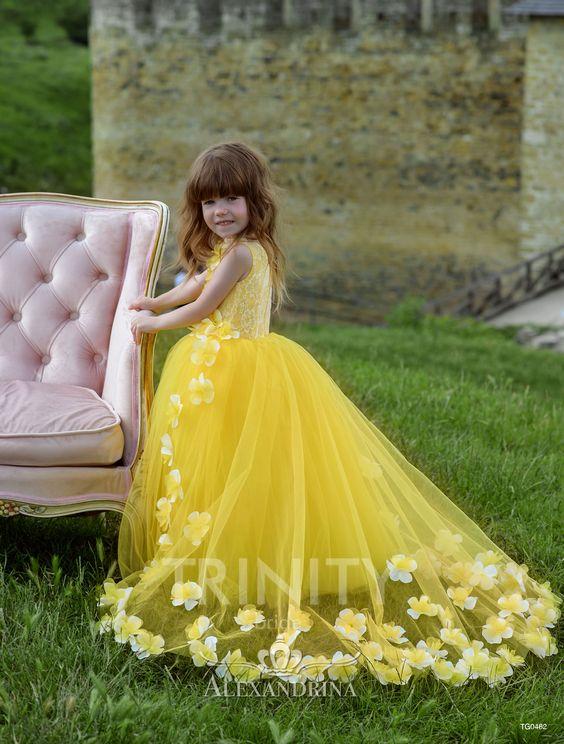 لباس عروس بچه گانه زرد