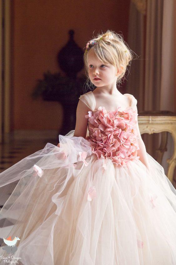 لباس عروس بچه گانه صورتی روشن