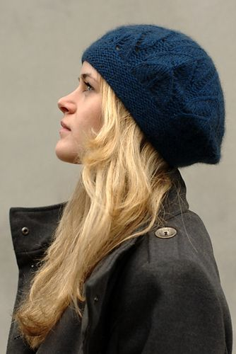 کلاه بافتنی سورمه ای