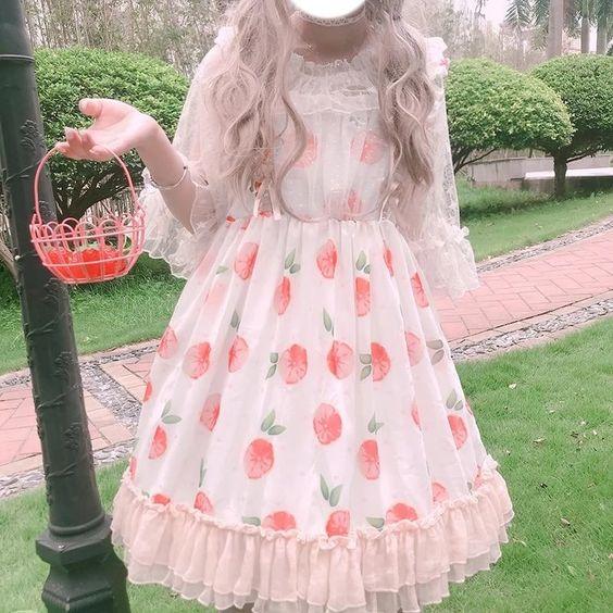 لباس عروسکی طرحدار