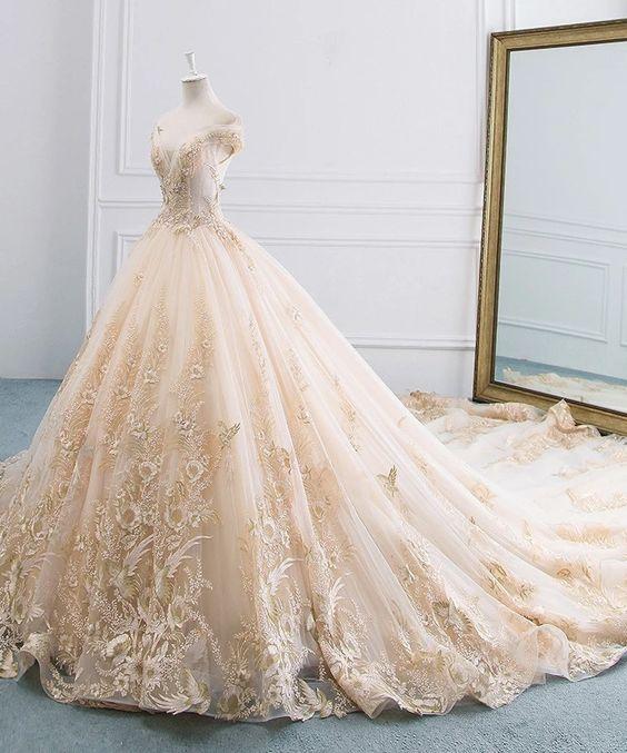 لباس عروسکی مناسب عروس