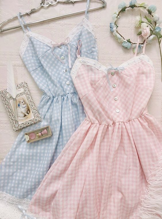 لباس عروسکی چهارخانه