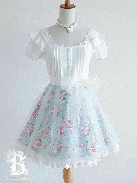 لباس عروسکی گلدار