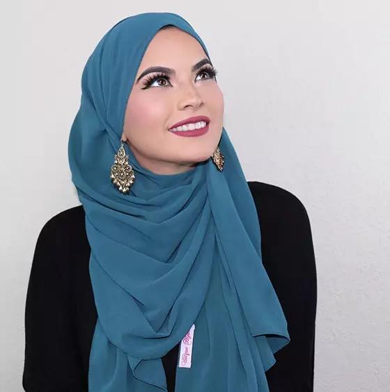 مدل بستن روسری با گوشواره
