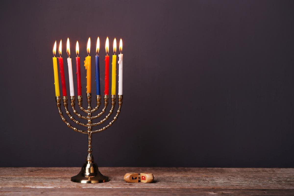 شمع دکوراتیو برای شمعدان