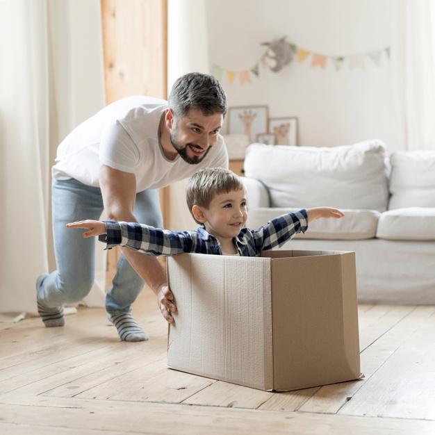 چگونه بهترین هدیه را برای کودک خود انتخاب کنیم